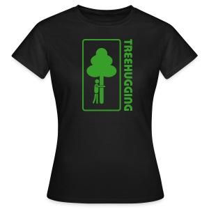 treehugging tree hugger baum wald bäume umarmung natur