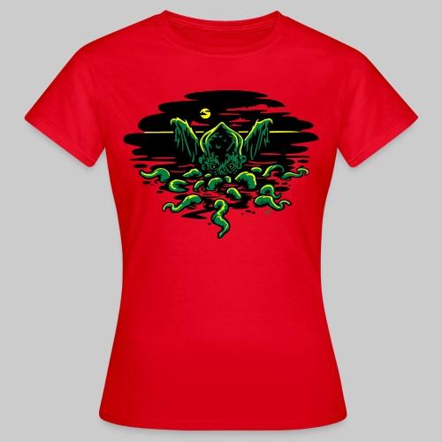WTS: Cthulhu Rising - Women's T-Shirt