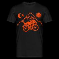 T-Shirts ~ Männer T-Shirt ~ Artikelnummer 17405417
