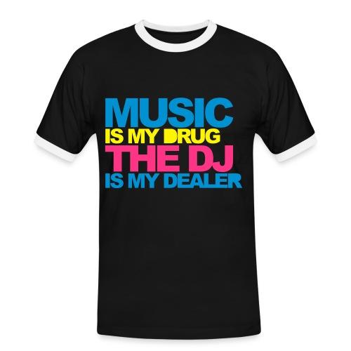 MUSIC IS MY DRUG - Männer Kontrast-T-Shirt