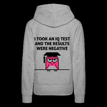 Iq Test 3 (2c)++ Hoodies & Sweatshirts