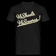 Magliette ~ Maglietta da uomo ~ He Shoots He Scoores - Baseball Bianconero