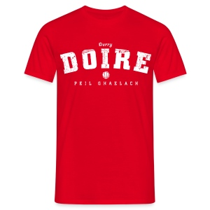 Vintage Derry Gaelic Football T-Shirt - Men's T-Shirt