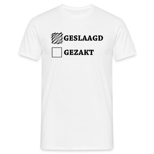 Mannen T-shirt - Shirt met het vakje geslaagd aangekruist.