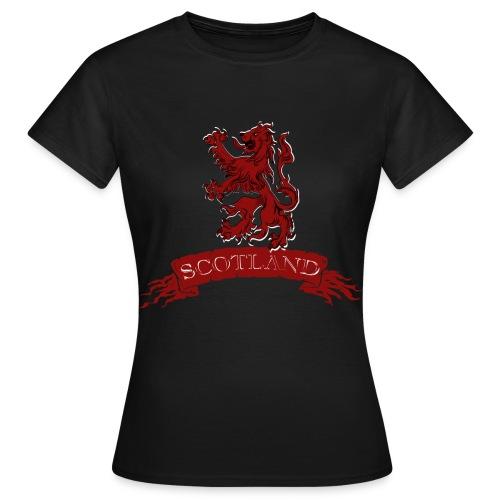 Scotland: Lion Rampant with Scroll - Women's T-Shirt