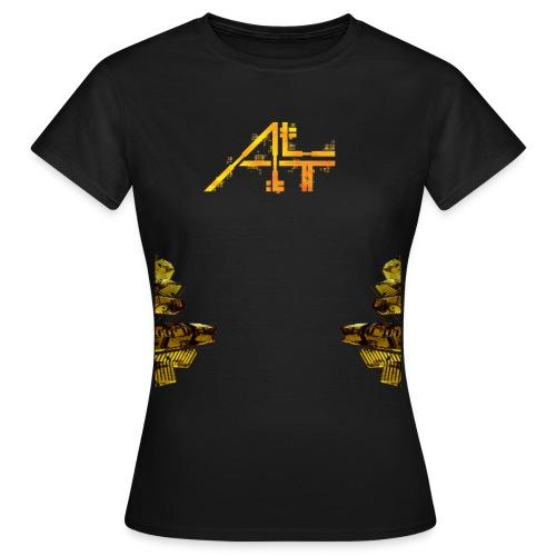 # II - T Shirt Femme - T-shirt Femme