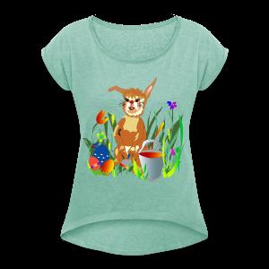 Shirt  Hase auf der Wiese - Frauen T-Shirt mit gerollten Ärmeln