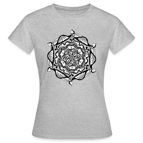 T-Shirt – Mandala Flower (Mädels) - Frauen T-Shirt