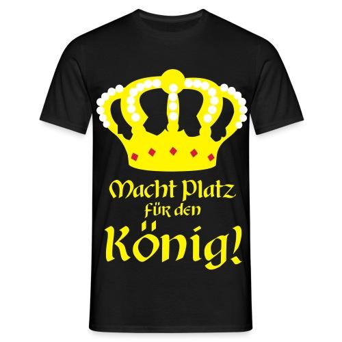 Macht Platz für den König - 3-Farbig - Männer T-Shirt