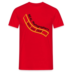 Film Photographer (Red) - Men's T-Shirt