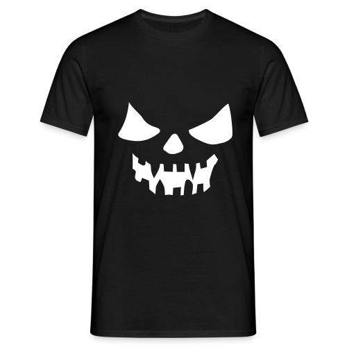 Schwarzromantik mit Winterstolz - Männer T-Shirt