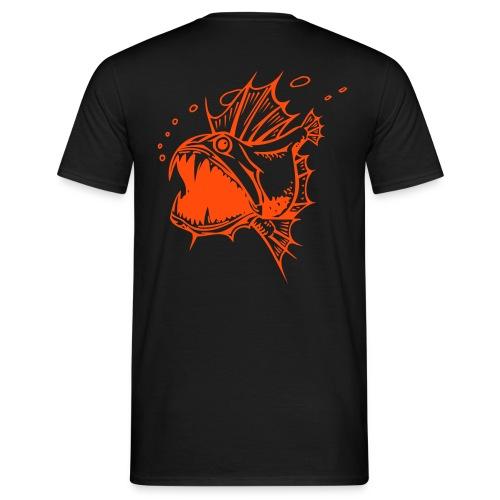 Piranha Back - Männer T-Shirt