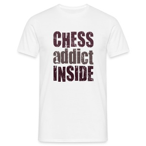 chess addict inside / large print - Mannen T-shirt