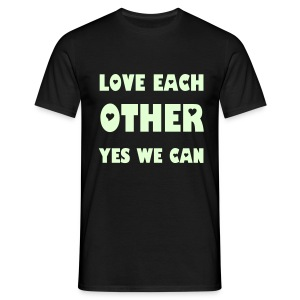 Love each other phosphorescent - T-shirt Homme