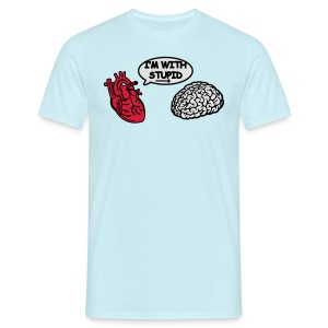 I'm with Stupid Herz zu Gehirn - Männer T-Shirt