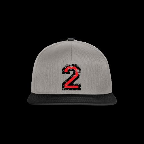 Nummer 2 T-Shirt (Damen Grau) Rücken - Snapback Cap