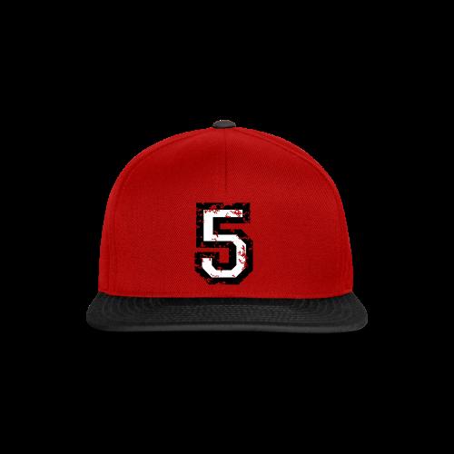 Nummer 5 T-Shirt (Herren Rot) - Snapback Cap