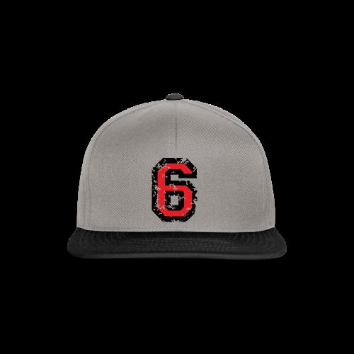 Nummer 6 T-Shirt (Damen Grau) Rücken - Snapback Cap