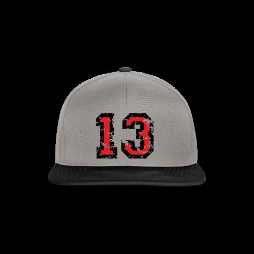 Rückennummer 13 T-Shirt (Herren Grau) - Snapback Cap