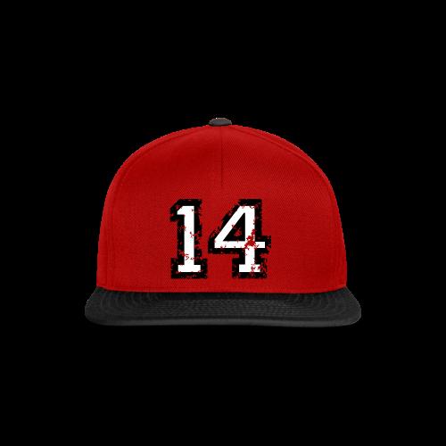 Nummer 14 T-Shirt (Herren Rot) - Snapback Cap