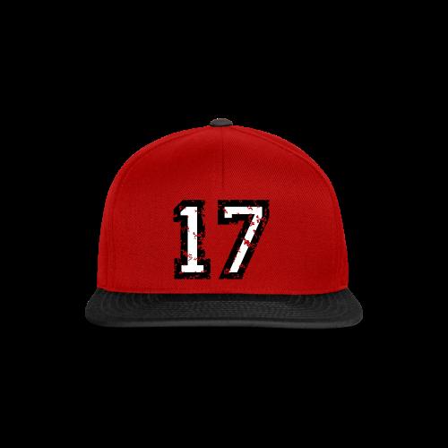Nummer 17 T-Shirt (Herren Rot) - Snapback Cap