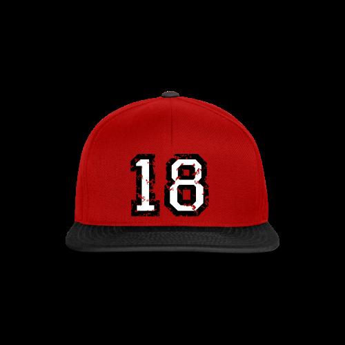 Rückennummer 18 T-Shirt (Damen Rot) - Snapback Cap