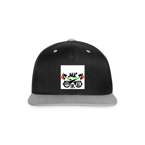 T-paita logolla - Kontrastivärinen snapback-lippis