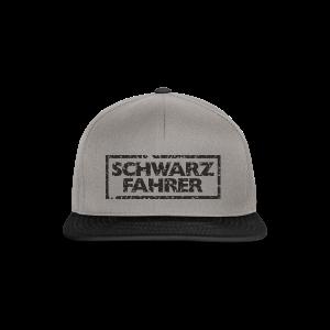 Schwarzfahrer T-Shirt (Grau Schwarz) - Snapback Cap