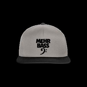 Mehr Bass T-Shirt (Weiß/Schwarz) - Snapback Cap