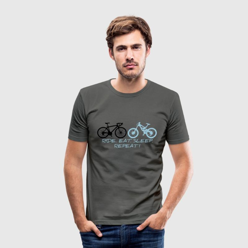 RIDE EAT SLEEP REPEAT T-Shirts - Männer Slim Fit T-Shirt