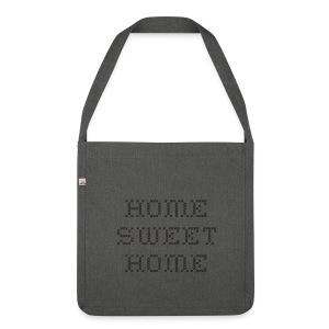 Home Sweet Home - Skulderveske av resirkulert materiale