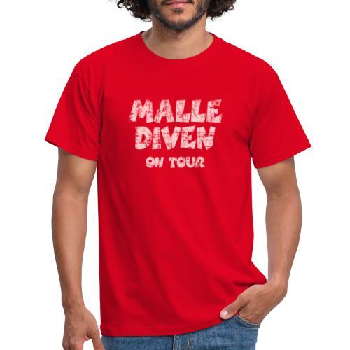 Malle Diven On Tour T-Shirt (Pink) - Männer T-Shirt