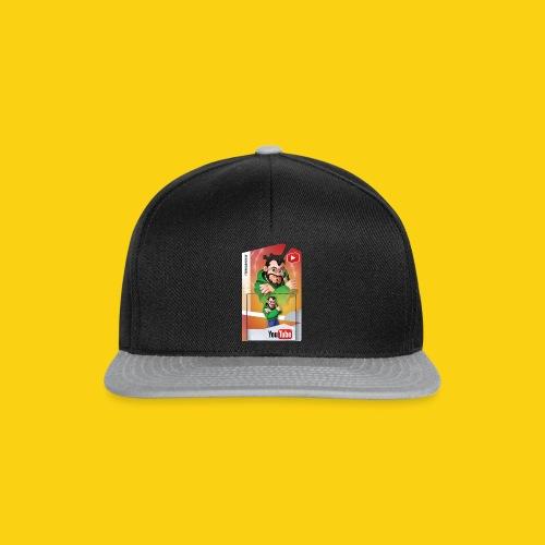SuperSorrell Shirt - Snapback Cap