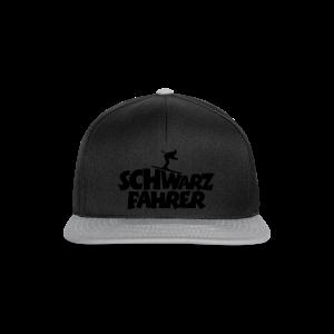 Schwarzfahrer Skifahrer Langarmshirt - Snapback Cap
