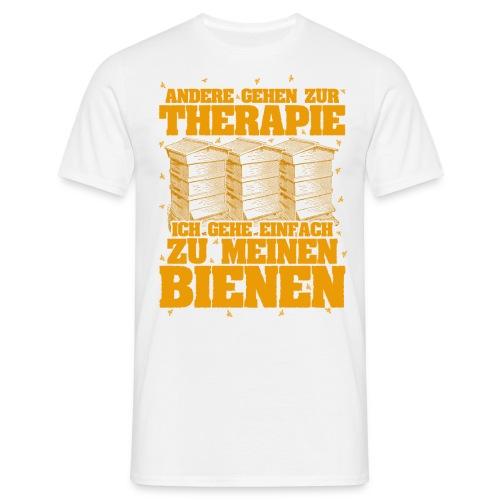 Andere gehen zur Therapie, ich gehe einfach zu meinen Bienen - Männer T-Shirt