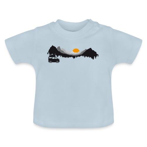 Camping in den Bergen - Baby T-Shirt