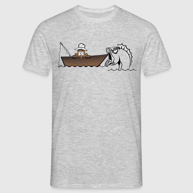angeln fischen boot witzig monsterfisch T-Shirts - Männer T-Shirt