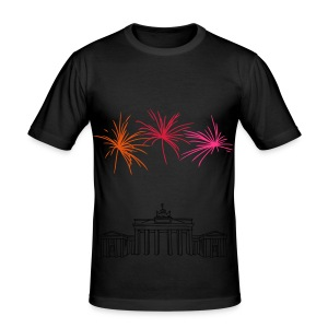 Berlin fireworks New Year's Eve at the Brandenburg Gate - Men's Slim Fit T-Shirt
