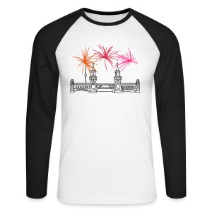 Fireworks New Year's Eve at Oberbaum Bridge in Berlin - Men's Long Sleeve Baseball T-Shirt