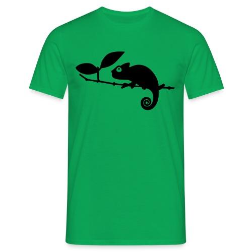 Chamäleon auf einem Ast - Männer T-Shirt