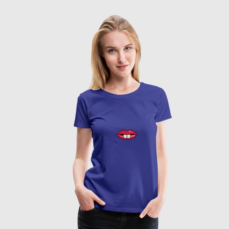 Une bouche rouge avec des dents proéminentes Tee shirts - T-shirt Premium Femme
