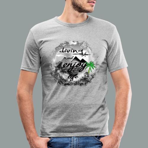 diving and enjoy life - Männer Slim Fit T-Shirt