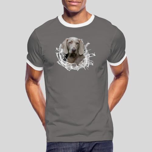 Weimaraner im *Glas-Loch* - Männer Kontrast-T-Shirt