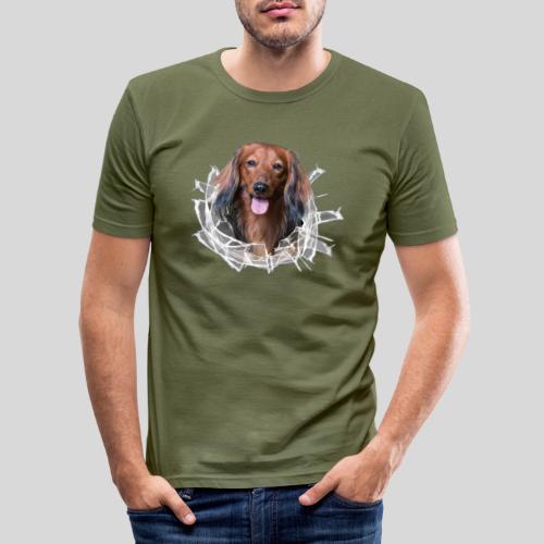 Langhaar Dackel im *Glas-Loch* - Männer Slim Fit T-Shirt