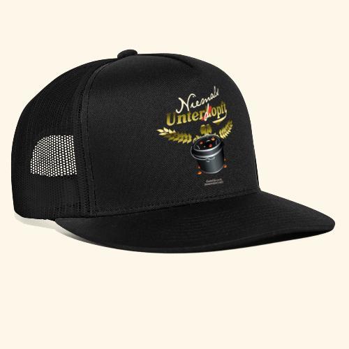 Dutch Oven T Shirt Niemals unterdopft - Trucker Cap