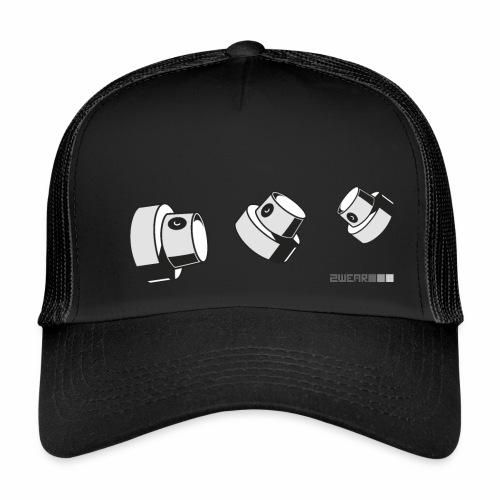 2wear caps flow ver02 √ - Trucker Cap