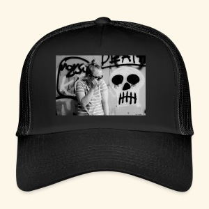 Black humor with a skull - Trucker Cap