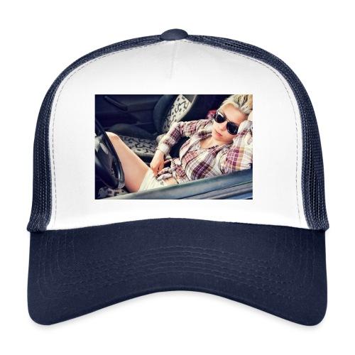 Cool woman in car - Trucker Cap