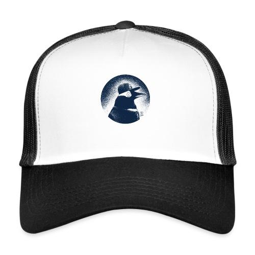 Pinguin dressed in black - Trucker Cap