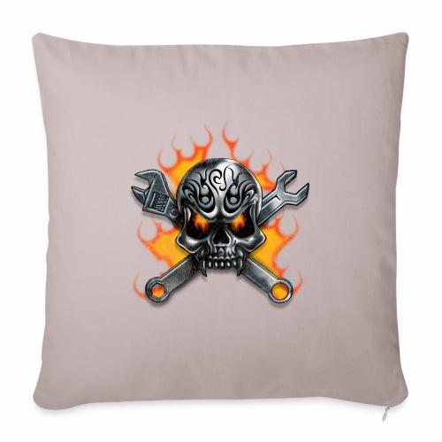skull with crosstools - Sohvatyynyn päällinen 45 x 45 cm